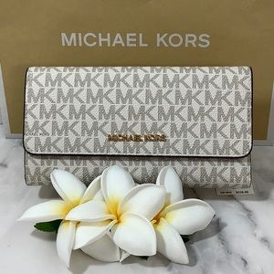 NWT - Michael Kors Trifold Wallet